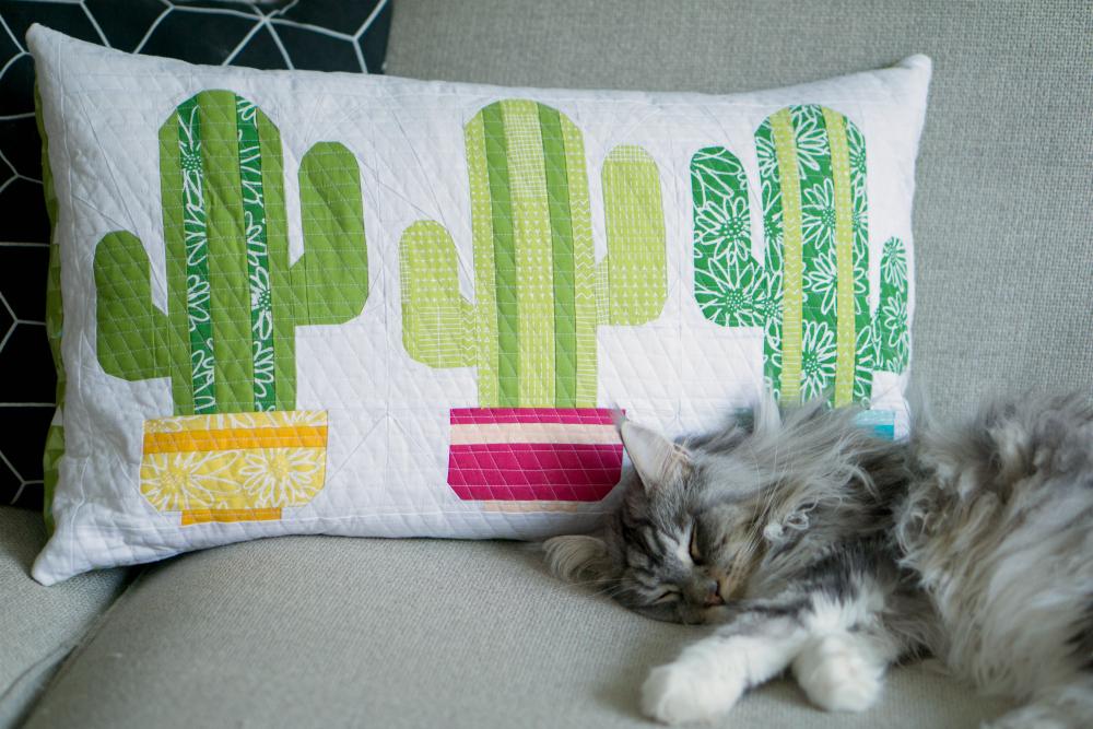 Mini quilt cactus pillow